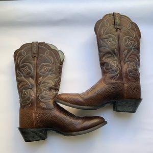 Ariat cowboy boots 6 B brown